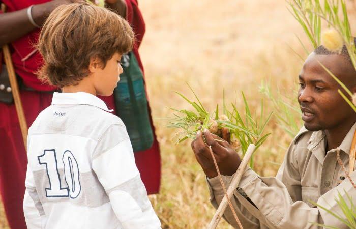 Bush skills lesson - Tanzania family safari