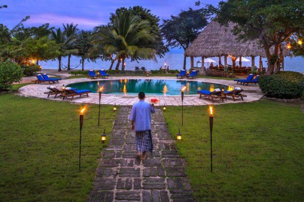 luxury family holidays - Turtle Island Belize