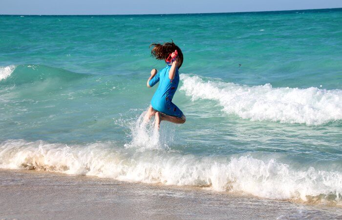Cuba with children - beach with turquoise sea