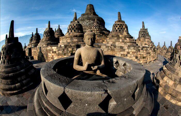 Borobudur - Java - Java with kids holiday