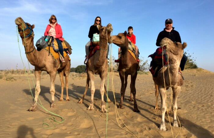 India customers reviews - family on camels