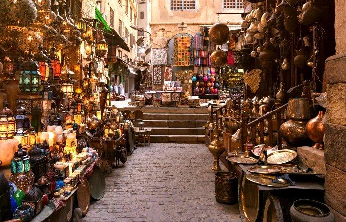 Khan al Khalili bazaar - Cairo - Egypt with kids