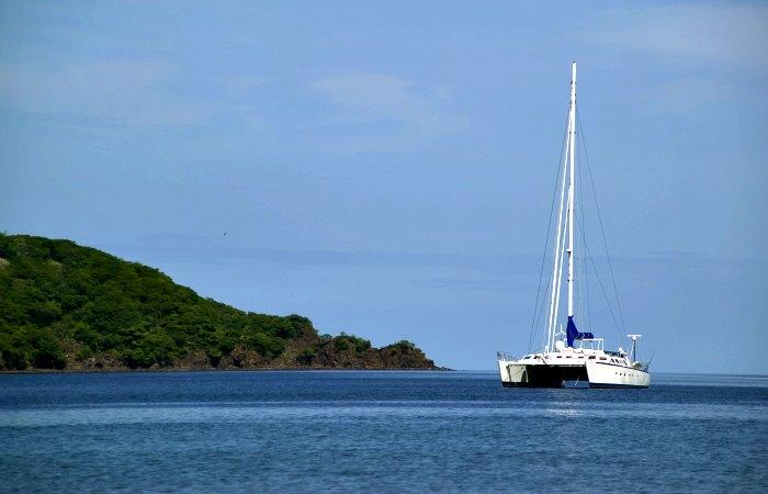 Catamaran Costa Rica - luxury family holidays