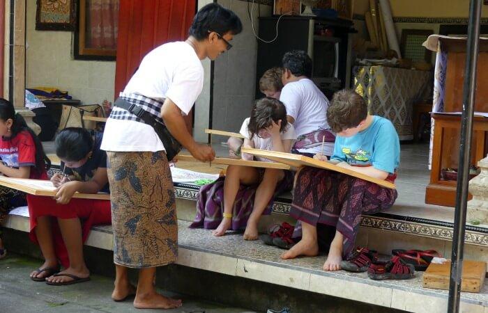 Bali art class for children