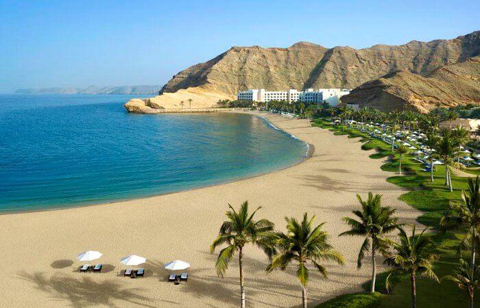 Best family beach for luxury - Shangri-la Oman