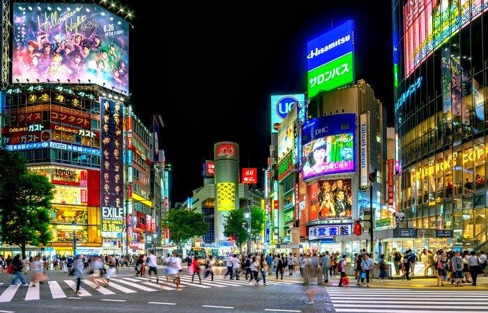 Shibuya crossing - Tokyo with kids holiday