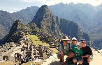 Peru - school holidays calendar - Machu Picchu