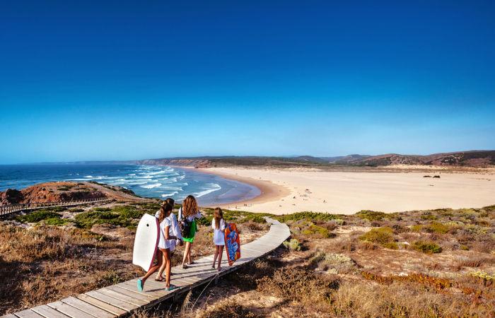 Portugal family holidays, footpath to the beach, Praia da Bordeira, Carrapateira, Costa Vicentina, Algarve